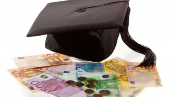 Günstige Kredite für Akademiker