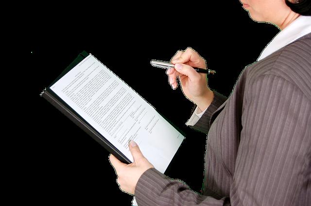 Das BEamtendarlehen bitet günstige Konditionen und eine lange Laufzeit bis zu 120 Monate und mehr.